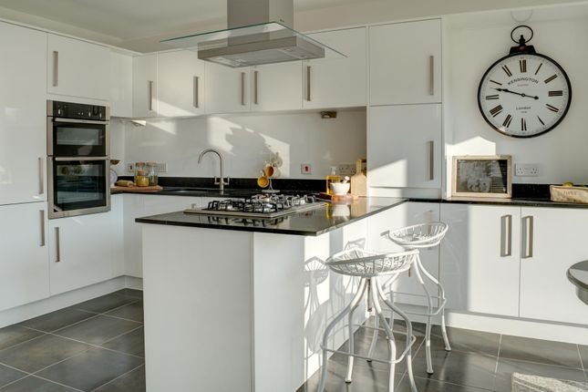 Thumbnail Detached house for sale in Garnstone Drive, Weobley