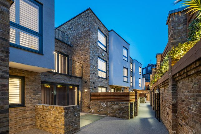 3 bed property for sale in Coachworks Mews, Pattison Road, Hampstead NW2