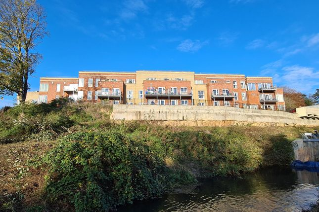 Thumbnail Property for sale in Stroudwater Court, Cainscross Road, Stroud