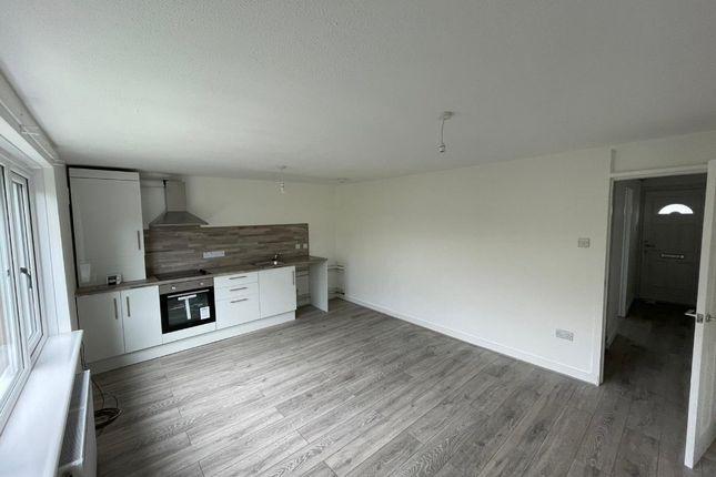 Thumbnail Flat to rent in Northfield Drive, Edinburgh