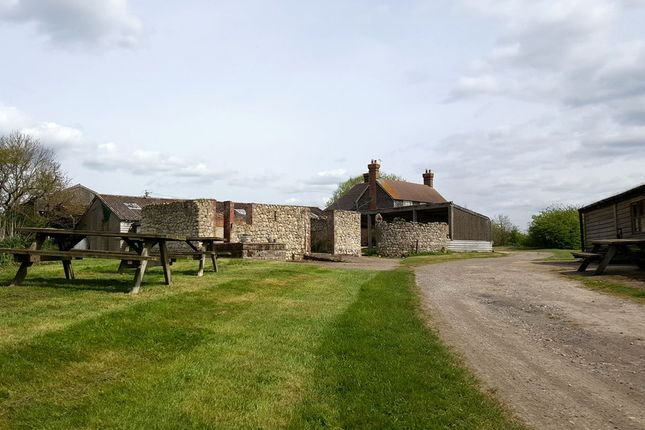 Thumbnail Farmhouse for sale in Lenham Road, Headcorn, Ashford