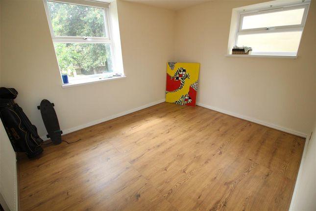 Living Room of Thomas Street West, Savile Park, Halifax HX1
