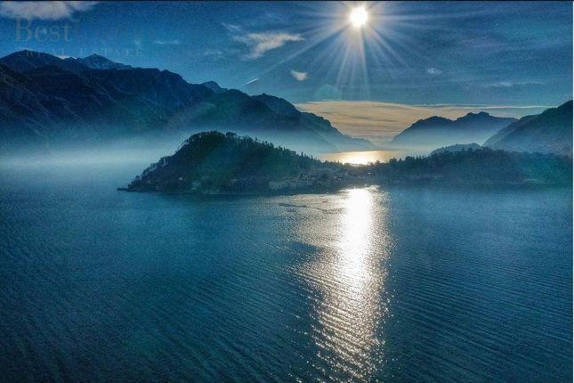 Thumbnail Villa for sale in Lake Como, Luxury Villa, Como (Town), Como, Lombardy, Italy
