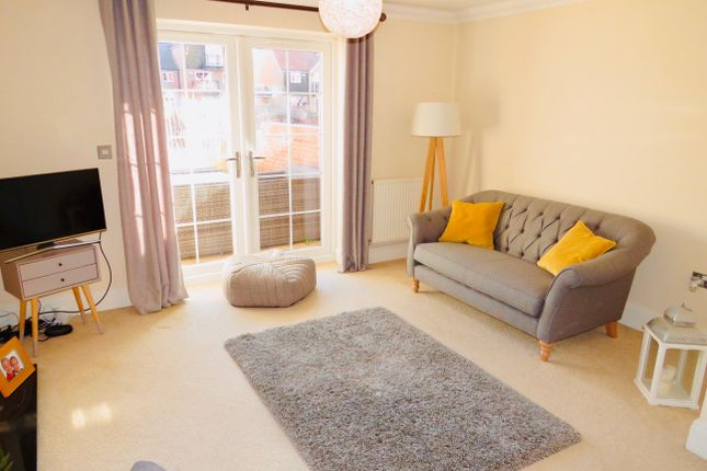 Thumbnail Town house to rent in Ellisons Quay, Burton Waters, Lincoln