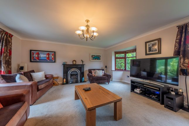 Lounge of Deans Close, Tarvin, Chester CH3
