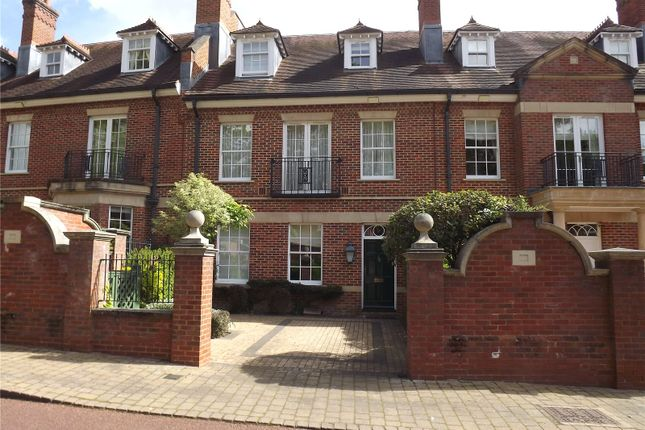 Thumbnail Terraced house to rent in Wethered Park, Marlow