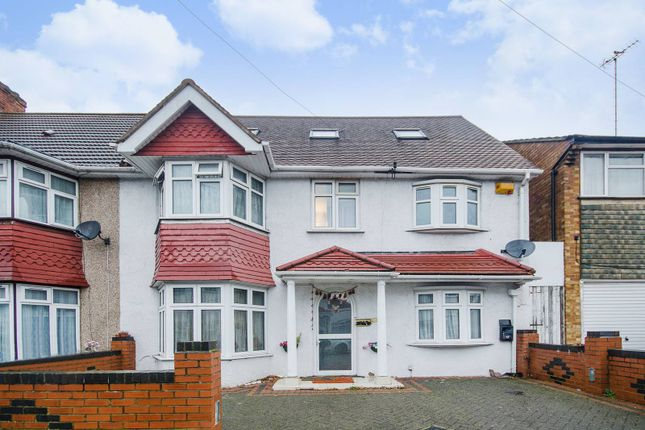 Thumbnail Property to rent in Tring Avenue, Wembley