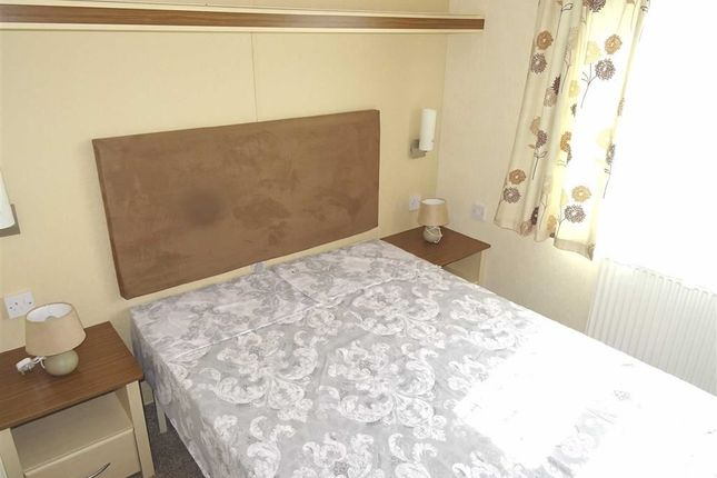 Bedroom 1: of Llangyniew, Welshpool SY21