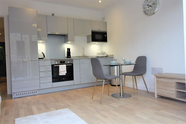 Thumbnail Flat to rent in Lockgate Mews, Manchester