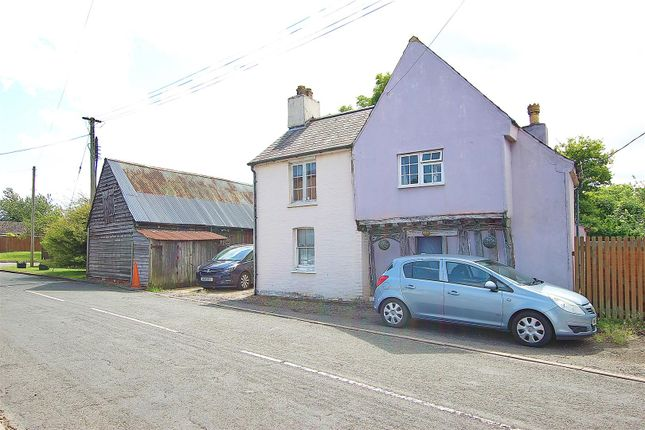 3 bed detached house for sale in Town Lane, Pampisford, Cambridge CB22