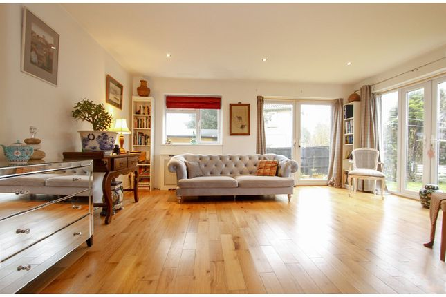 Thumbnail Town house for sale in Bradford Road, Bath