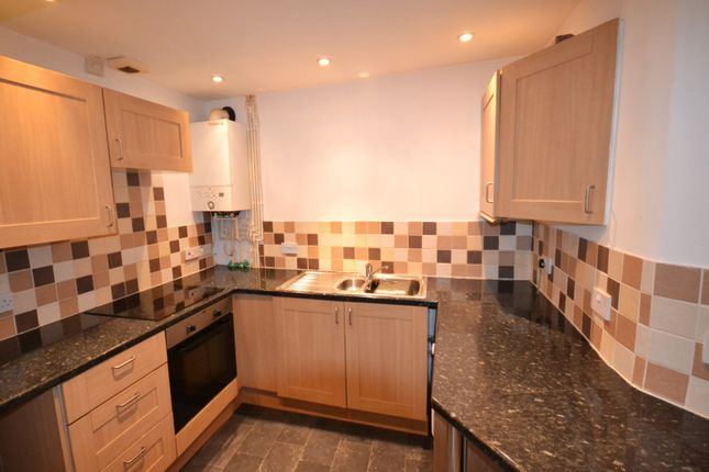 Thumbnail Property to rent in Coed Saeson Crescent, Sketty, Swansea