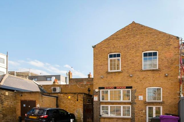 Thumbnail Detached house for sale in Singapore Road, London