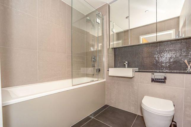 Bathroom of 27 East Parkside, London SE10