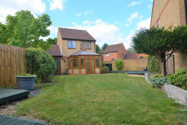 Thumbnail Link-detached house to rent in Parsley Close, Walnut Tree, Milton Keynes