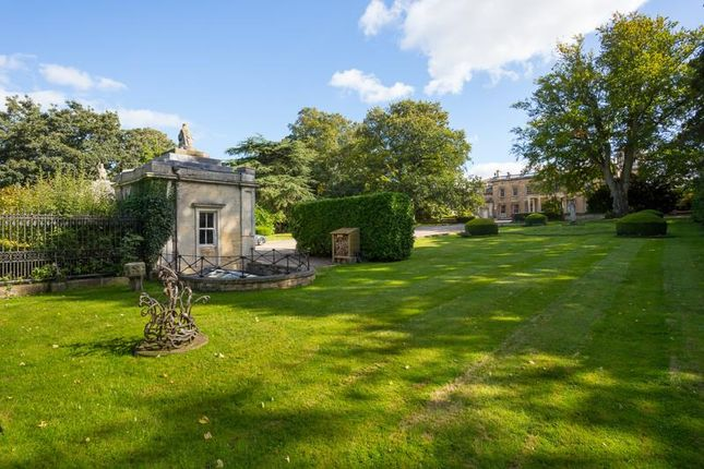 1 bed property for sale in Sunset Lodge, Grimston Park, Tadcaster LS24