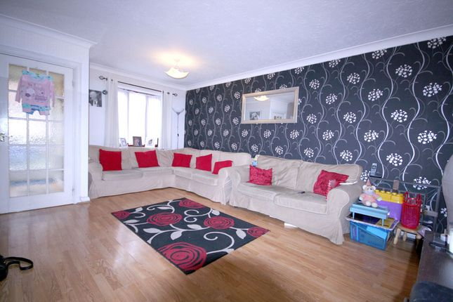 3 bed terraced house to rent in Franklins Mews, South Harrow