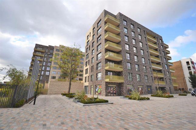 Thumbnail Flat to rent in Alacia Court, Acton