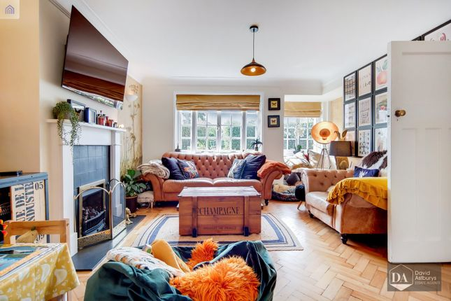 Thumbnail Semi-detached house for sale in The Chine, London