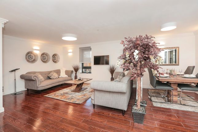 Thumbnail Flat for sale in 117 Jeanfield Road, Perth