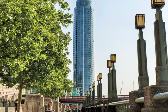 Thumbnail Flat for sale in 1 St George Wharf, Vauxhall, London
