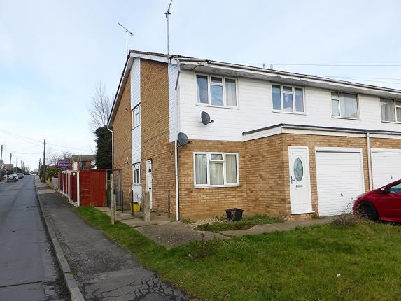 Thumbnail Maisonette for sale in Benfleet, Essex, .