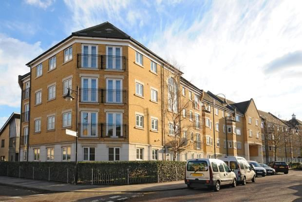 Thumbnail Flat for sale in Kelly Avenue, Peckham