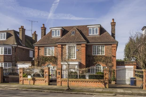 Thumbnail Detached house for sale in Hocroft Road, The Hocrofts, London