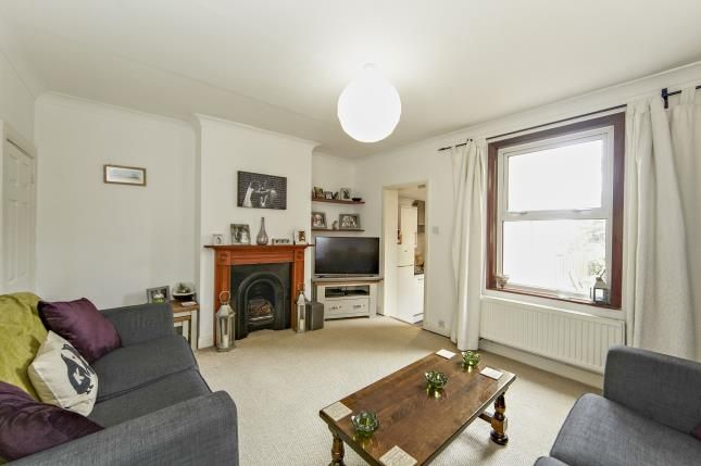 Thumbnail Terraced house for sale in Greyhound Road, Sutton