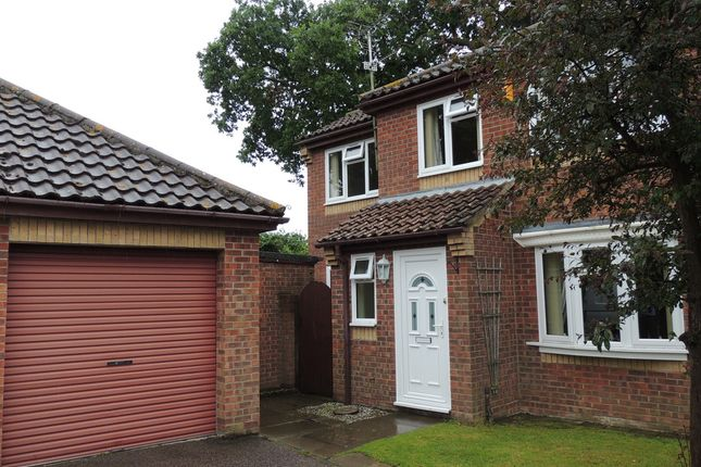 4 bed semi-detached house for sale in Ashtree Gardens, Carlton Colville, Lowestoft
