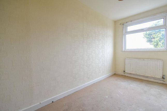 Bed-5 of Sandy Lane, Darwen BB3