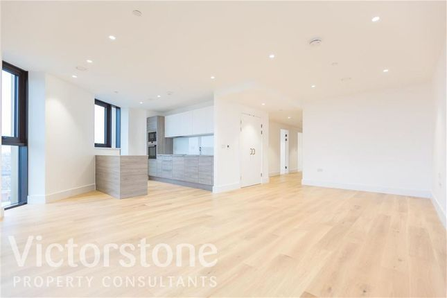 Thumbnail Flat to rent in Kingsland High Street, Dalston, London