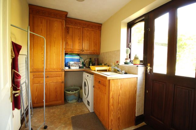 Fitted Kitchen Sale B Amp