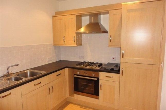 Thumbnail Flat to rent in Victoria Park Road, Stoneygate, Leicester