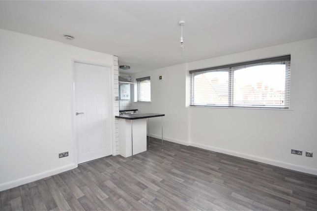 Thumbnail Flat for sale in Wellington Court, Grimsby