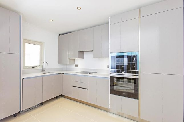 Thumbnail Flat for sale in Lords View, St Johns Wood NW8,