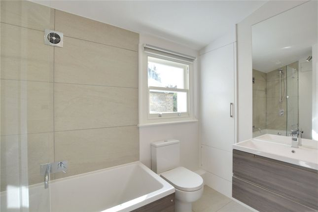 Bathroom of Combedale Road, Greenwich, London SE10