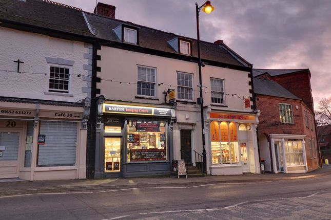2 bed flat to rent in Flat 3, Market Place, Barton-Upon-Humber DN18
