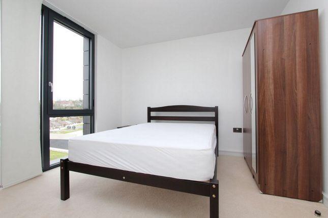 Room to rent in 9 Hazel Lane, East Greenwich, Maze Hill