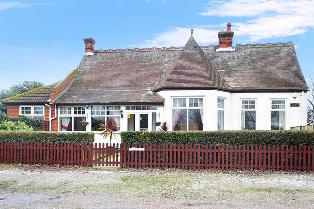 Thumbnail Bungalow for sale in Oxenden Square, Herne Bay, Kent