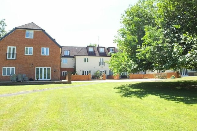 Thumbnail Maisonette for sale in Heath House Road, Hook Heath, Woking