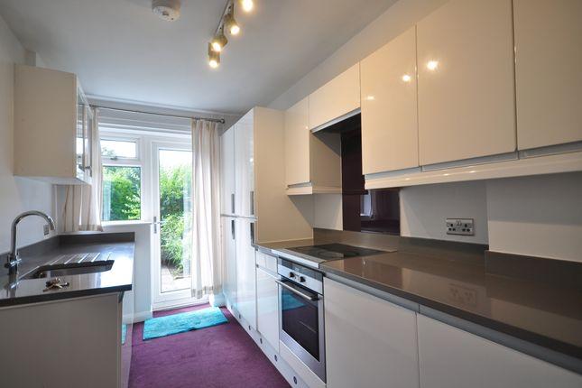 Thumbnail Flat to rent in Lansdowne Road, Tunbridge Wells