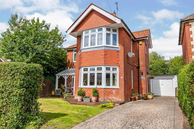 Thumbnail Detached house for sale in Stoddart Avenue, Southampton