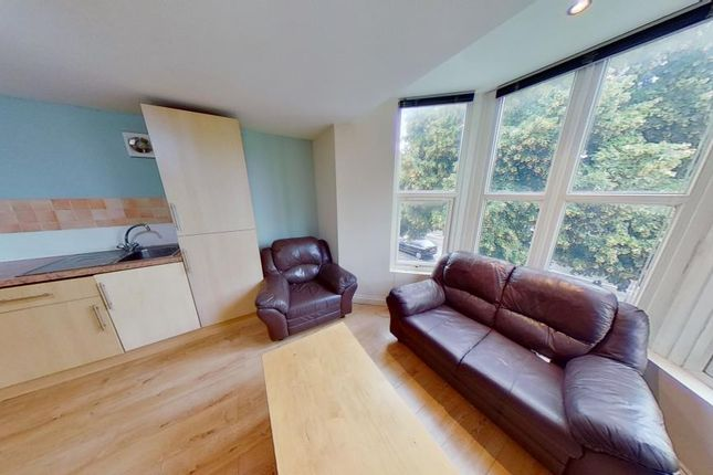 Thumbnail Flat to rent in 151, Richmond Road, Roath, Cardiff, South Wales