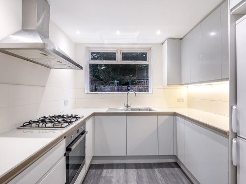 Thumbnail Property to rent in Lewin Road, East Sheen