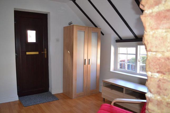 Room 1 of Kirk Gate, Newark NG24