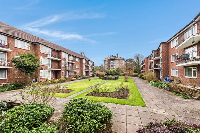 2 bed flat for sale in Castle Way, Feltham TW13