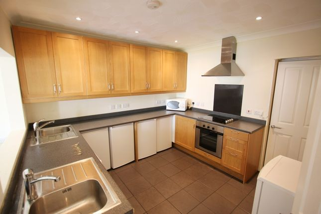 7 bed semi-detached house to rent in Blenheim Gardens, Highfield, Southampton