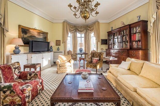 Thumbnail Property to rent in West Halkin Street, Belgravia