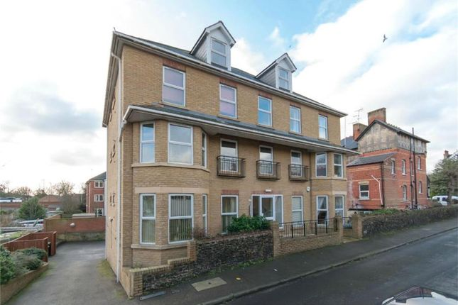 Thumbnail Flat to rent in Essex Road, Westgate-On-Sea